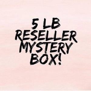 5 LB. / 5 ⭐️ WOMEN'S MYSTERY BOX / 8-10 ITEMS 🤗
